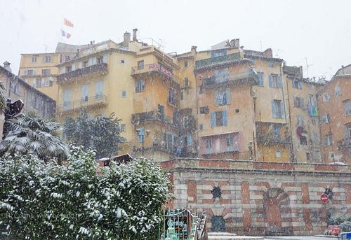 Grasse Old-Town snow, Feb 2010